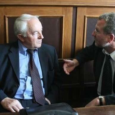 8 marca Sąd Najwyższy rozpozna apelację od wyroku uniewinniającego byłego szefa polskiej policji Antoniego Kowalczyka (z lewej).