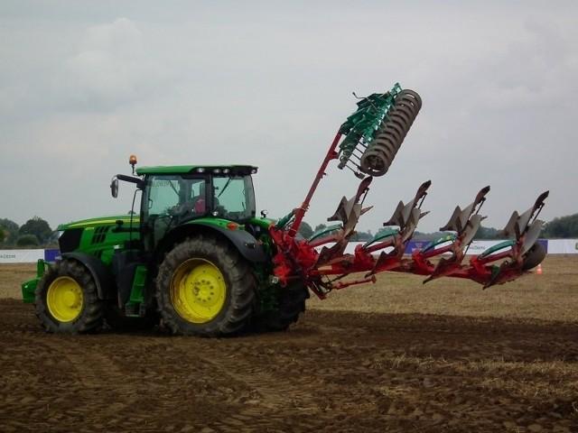 Agro Show w Bednarach.