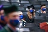 Absolwenci tych uniwersytetów zarabiają najwięcej. Wysoko w rankingu Uniwersytet Zielonogórski!