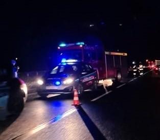 Zderzenie dwóch samochodów na drodze krajowej nr 7 w miejscowości Widoma