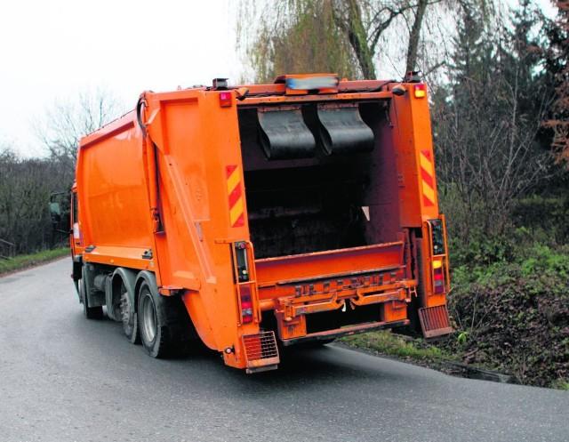 Mieszkańcy Krzyszkowic mają dość ruchu śmieciarek przez osiedle