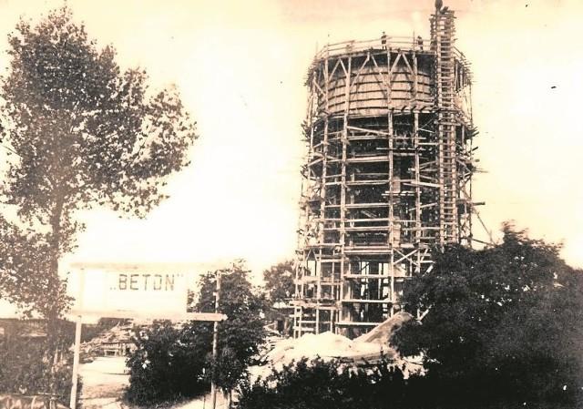 Budowa wieży ciśnień na Pietraszach w latach 1923-1925