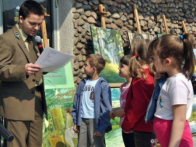 Zabawie towarzyszyły liczne quizy i konkursy zorganizowane przez Nadleśnictwo Bielsk Podlaski