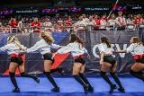 Cheerleaderki z Sopotu podgrzewają atmosferę podczas siatkarskich mistrzostw Europy w Ergo Arenie ZDJĘCIA