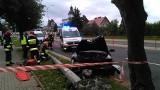 Wypadek na Antoniuk Fabryczny w drodze na ślub. Kierowca drugiego pojazdu uderzył w słup [ZDJĘCIA]