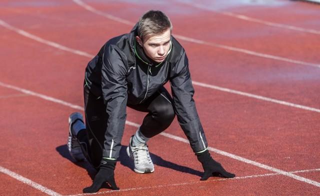Oliwer Wdowik znakomicie pobiegł na 60 metrów