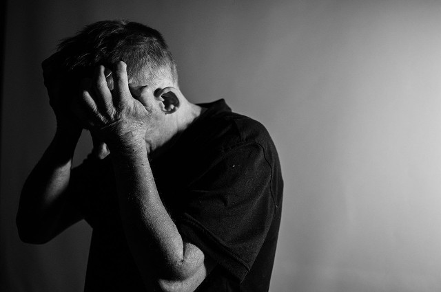 Pierwsze objawy depresji mogą być niesłusznie bagatelizowane. Ta choroba jest niebezpieczna.