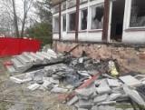 Mężczyzna zginął przygnieciony przez schody w opuszczonym przedszkolu, bo nielegalnie wycinał elementy metalowe