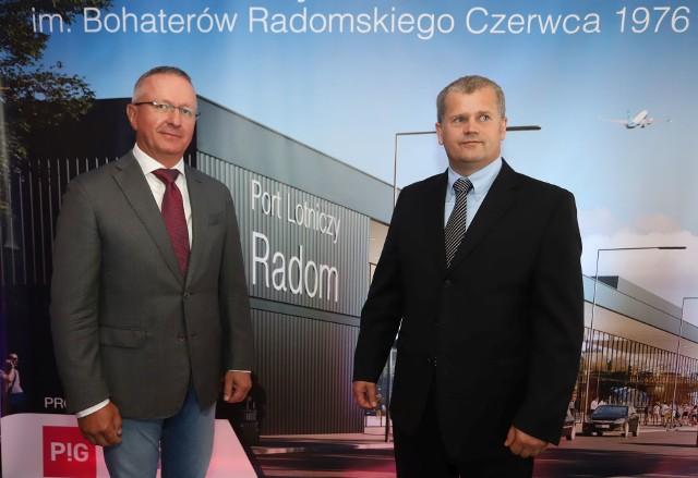 Umowę w radomskim hotelu Aviator podpisali prezes Przedsiębiorstwa Państwowe Porty Lotnicze Mariusz Szpikowski (z prawej) i Falk Rohmberger, członek zarządu Max Bögl.