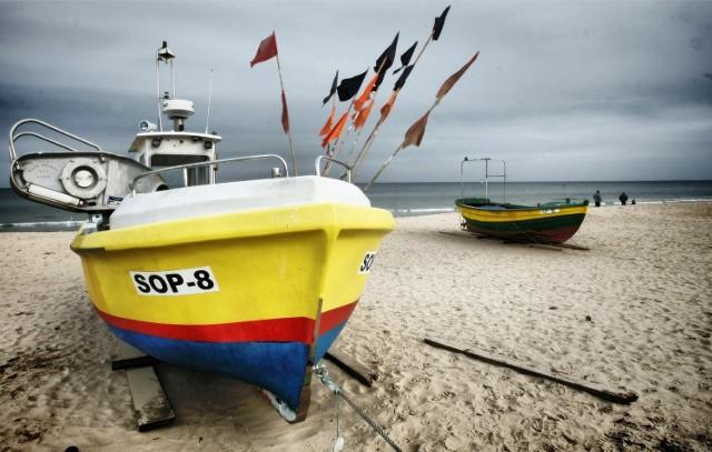 Pomorscy rybacy nie zgadzają się z postulatami ekologów, którzy żądają obcięcia limitów połowowych dorsza. - Gdyby wprowadzono takie regulacje, nie mielibyśmy za co żyć - mówią.