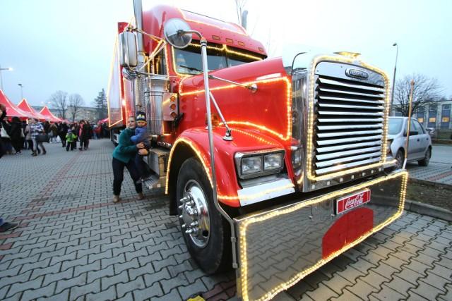 Świąteczne ciężarówki Coca-Coli 2016: Zobacz trasę konwoju. Kiedy będzie Wielkopolsce?