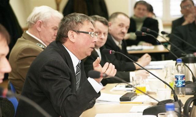 Adam Gatner dowodził, że części zadań zapisanych w budżecie nie uda się zrealizować. Plan wydatków poparło 15 spośród 21 radnych.
