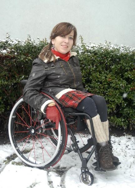 Lucyna lubi nowe wyzwania. Pomaga innym niepełnosprawnym w ich rehabilitacji.