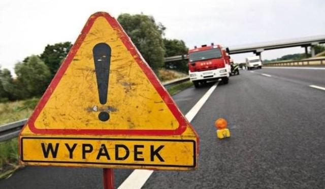 Wyszomierz Wielki: Wypadek śmiertelny na DK8. Zginął 37-letni kierowca peugeota