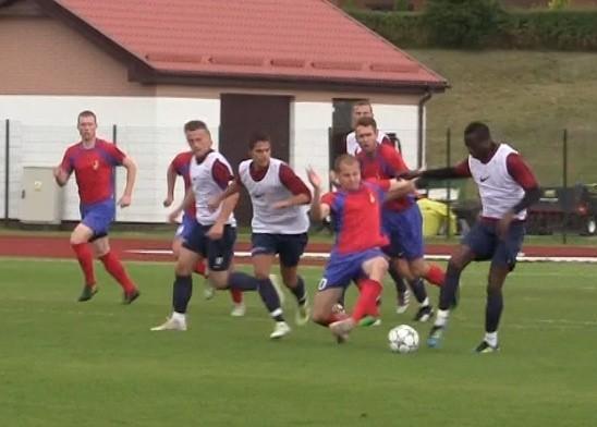 W meczu towarzyskim rozegranym w Gniewinie, ekstraklasowa Pogoń Szczecin pokonała III-ligowego Gryfa Słupsk 4:0 (2:0).
