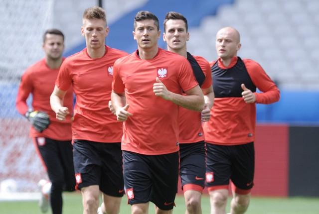 Czy Lewandowski poprowadzi kolegów do kolejnej wygranej z Niemcami?