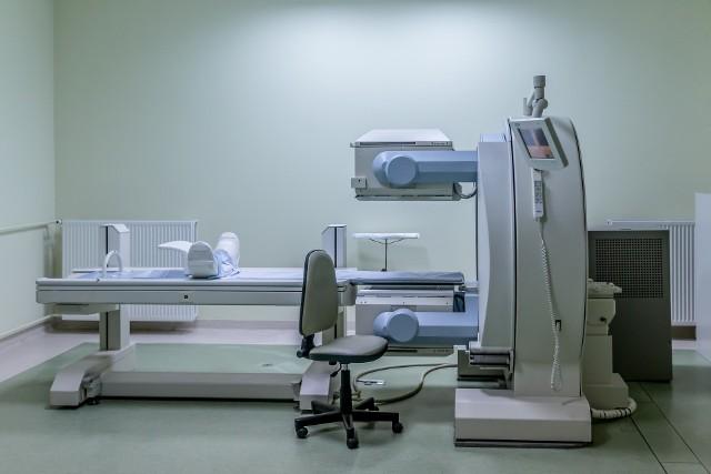 Urządzenie, jakim jest rezonans magnetyczny, bada układ mięśniowy, szkieletowy, szpik kostny czy ocenia funkcjonowanie naczyń krwionośnych i serca