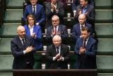 Wybory parlamentarne 2019. Sondaż: PiS z dużą przewagą nad opozycją. Lewica trzecią siłą