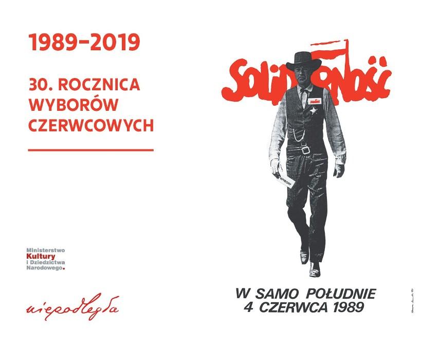 Plakat W Samo Południe 4 Czerwca 1989 Niepodległa Wspiera