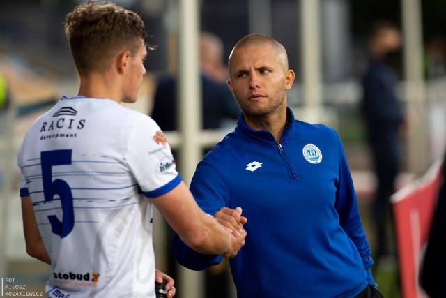 Trener Dawid Szulczek miał wiele zastrzeżeń do postawy piłkarzy Wigier w meczu z Chojniczanką
