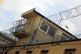 Molestował kobiety w poznańskim Areszcie Śledczym. Były zastępca dyrektora Wojciech D. skazany na grzywnę i zadośćuczynienie