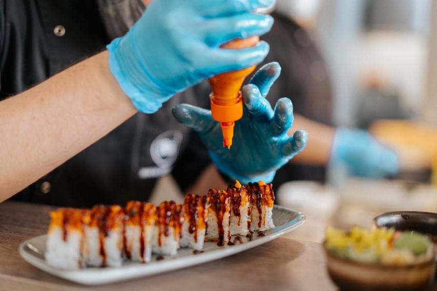 KOKU Sushi rezygnuje z opakowań z tworzyw sztucznych. W trosce o środowisko [zdjęcia]