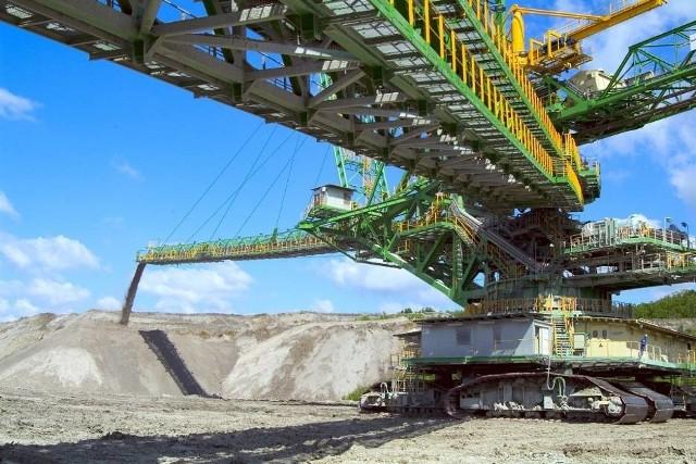 Olbrzymia bryła węgla spadła na górnika podczas prac technicznych
