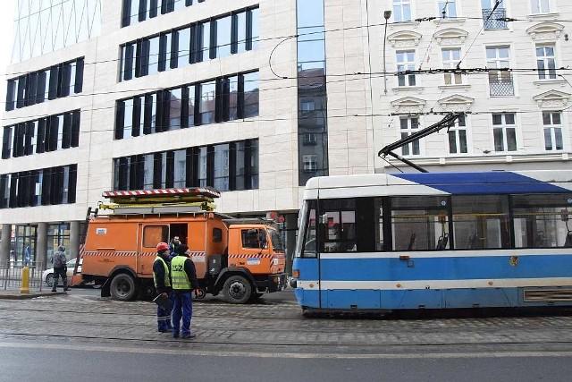 Awaria trakcji tramwajowej przy ul. Piłsudskiego