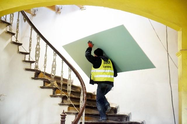 Ratusz w Bytomiu Odrzańskim przechodzi remont, jakiego nie było tutaj od kiedy powstał, a to już 400 lat.
