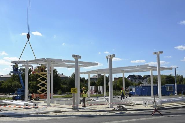 Niepołomicki P&R oraz dworzec autobusowy powstaje przy ul. Kolejowej. Obiekt powinien być gotowy z końcem tego roku