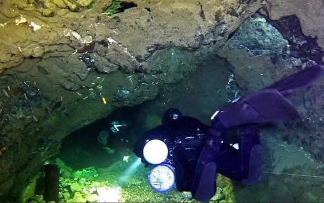 Nurkowanie w kopalni Maria Concordia w Sobótce. Zdjęcie ilustracyjne.