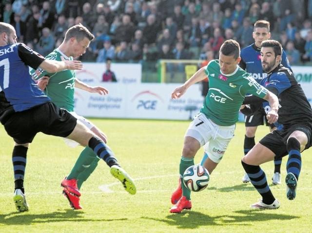 Piłkarze Zawiszy będą szczególną musieli zwrócić szczególną uwagę na Arkadiusza Piecha, który zdobył aż 4 gole dla drużyny z Bełchatowa w meczu przeciwko Ruchowi Chorzów.