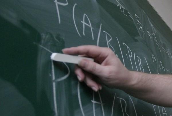 """""""Dobry start"""" i nowe egzaminy. Uczniowie wracają do szkół"""