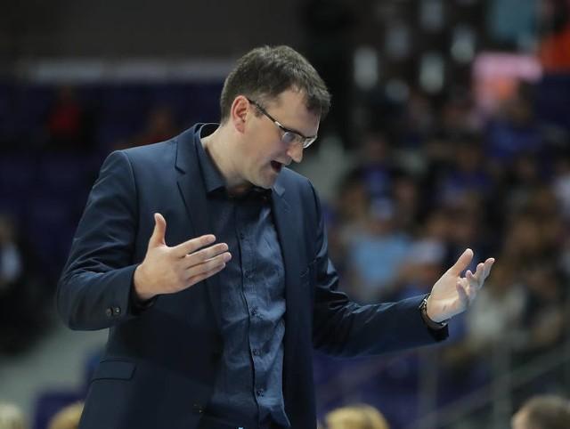 Ze zdrowiem trenera Budzinauskasa jest już lepiej i w sezonie 2019/2010 wróci na ławkę trenerską.