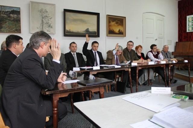 Nadzwyczajna sesja rady miejskiej w Praszce