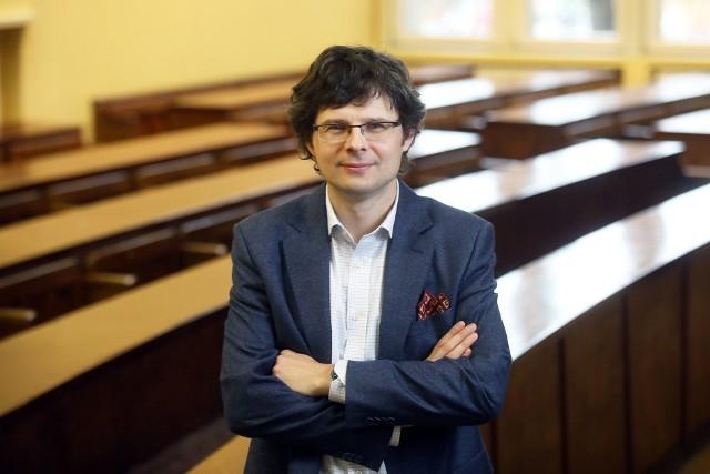 dr hab. Krzysztof Pietrowicz, prof. UMK