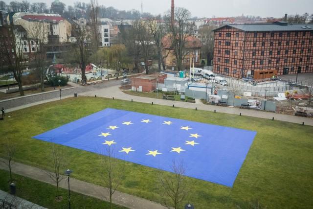 1 maja 2021 r. przypada 17. rocznica przystąpienia Polski do Unii Europejskiej. Z budżetu UE od 2002 4 r. dostaliśmy 667 miliardów złotych
