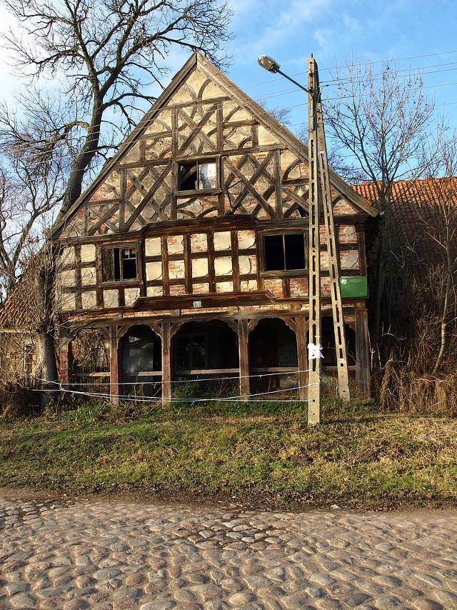 Dom podcieniowy w Kławkach