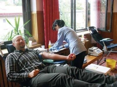 Akcja krwiodawstwa w budynkach przykościelnych na ul. Klikowskiej. Fot. Teresa Gut