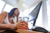 Kodeks pracy: Są upały, jako pracownik masz przywileje, a jako pracodawca - obowiązki. Jakie?