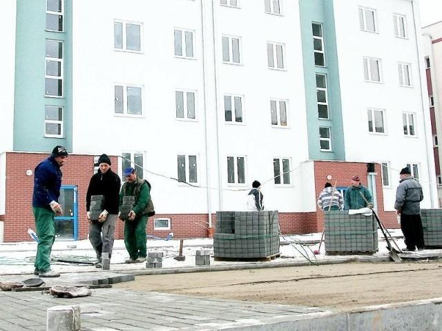 W nowy blok we Włocławku zainwestował Budomex Ulica Zagajewskiego we Włocławku. Tutaj w nowy blok zainwestował Budomex