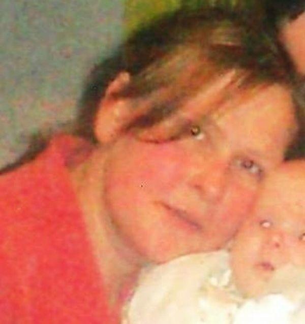 Ewa ze swoja córeczką Weroniką. Wyszła 16 grudnia i  odtąd żadnego znaku życia...