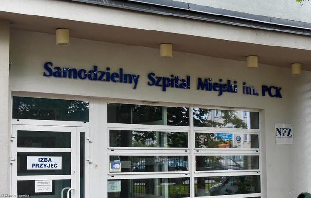 Ognisko zakażeń w szkołach i szpitalach. Sytuacja epidemiologiczna w regionie jest niepokojąca