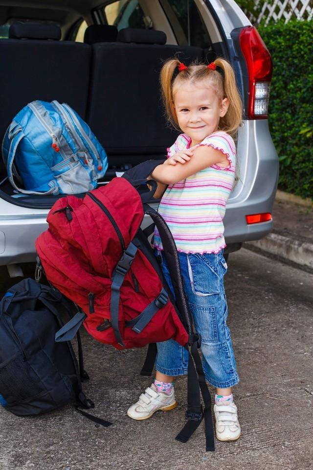 Wakacje już za tydzień. Czas pomyśleć o wyjeździe dziecka. MEN przygotował wskazówki, jak się za to zabrać