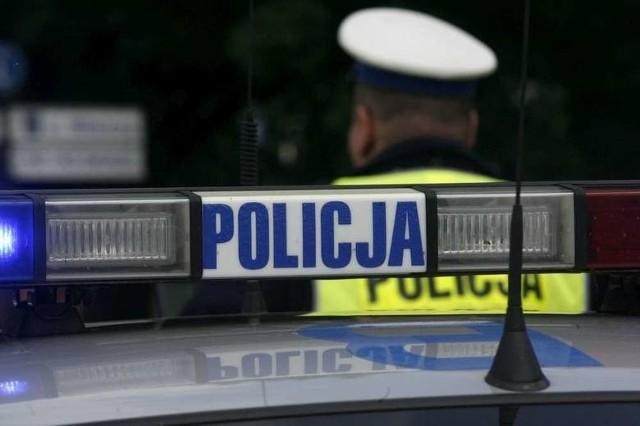 Poznańscy policjanci zabrali prawo jazdy kierowcy, który jechał 174 km/h w obszarze zabudowanym w Poznaniu.