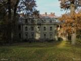 Zobacz, jak zmienił się pałac w Borkowicach na przestrzeni 100 lat