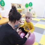 """""""Nasi pacjenci każdego dnia walczą o lepsze życie"""". Fundacja Sport&Reha Kids w Kraśniku. Zobacz zdjęcia"""