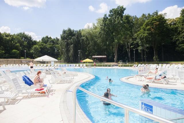Aquapark Fala. Nowe atrakcje w parku wodnym. W połowie lipca 2018 r. Aquapark Fala otworzy plaże nudystów, basen otwarty i zamknięty