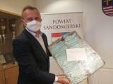 Ponad 6 tysięcy maseczek uszyli już społecznicy w powiecie sandomierskim. Potrzeby nadal są ogromne