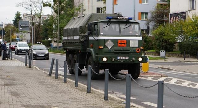 bomba we wroclawiu, saperzy, zdjęcie ilustracyjne.